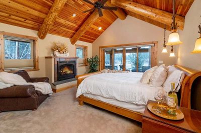 Trinity Building Systems prefabricated mountain home master bedroom.