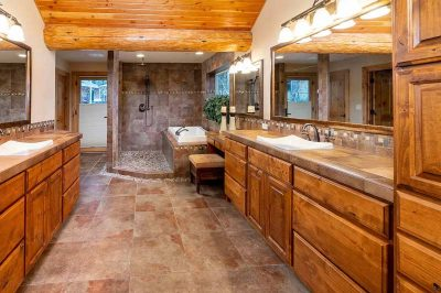 Trinity Building Systems prefabricated mountain home master bathroom.